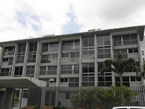 Apartamento En Venta En Caracas, Solar Del Hatillo, Venezuela, VE RAH: 16-217