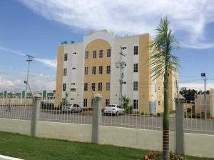 Apartamento En Venta En Ciudad Ojeda, Calle Piar, Venezuela, VE RAH: 16-167