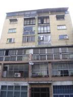 Apartamento En Venta En Caracas, Parroquia Santa Rosalia, Venezuela, VE RAH: 16-178