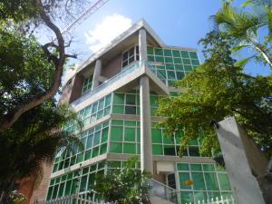 Apartamento En Venta En Caracas, Los Naranjos De Las Mercedes, Venezuela, VE RAH: 16-213
