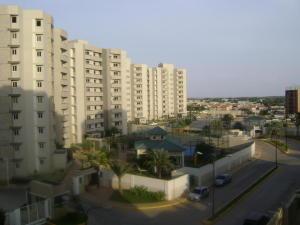 Apartamento En Venta En Maracaibo, Avenida Milagro Norte, Venezuela, VE RAH: 16-283