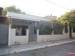 Casa En Venta En Valencia, La Candelaria, Venezuela, VE RAH: 16-687
