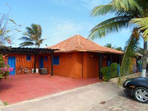 Casa En Venta En Municipio Antolin Del Campo Paraguachi, Puerto Real, Venezuela, VE RAH: 15-13159