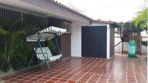 Casa En Venta En Maracaibo, Cantaclaro, Venezuela, VE RAH: 16-301