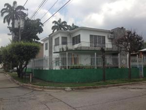Casa En Venta En Valencia, Carabobo, Venezuela, VE RAH: 16-333