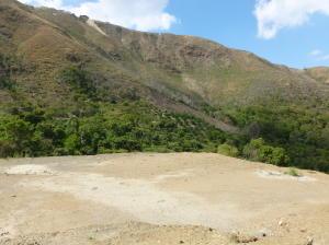 Terreno En Venta En El Junquito-Vargas, El Junko Country Club, Venezuela, VE RAH: 16-440