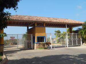 Apartamento En Venta En Barcelona, Colinas Del Neveri, Venezuela, VE RAH: 16-345
