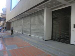 En Venta En Caracas - Parroquia La Candelaria Código FLEX: 16-351 No.7