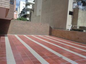 En Venta En Caracas - Parroquia La Candelaria Código FLEX: 16-351 No.9