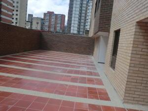 En Venta En Caracas - Parroquia La Candelaria Código FLEX: 16-351 No.10