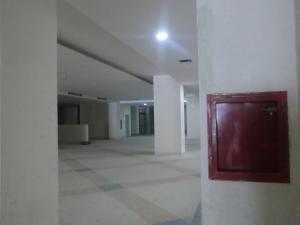 En Venta En Caracas - Parroquia La Candelaria Código FLEX: 16-351 No.12