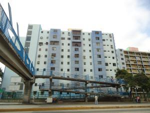 Apartamento En Venta En Barquisimeto, Parroquia Catedral, Venezuela, VE RAH: 16-413