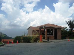 Townhouse En Venta En Caracas, Loma Linda, Venezuela, VE RAH: 16-411