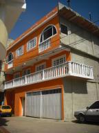 Casa En Venta En Los Teques, Municipio Guaicaipuro, Venezuela, VE RAH: 16-417