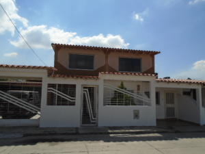 Casa En Venta En Municipio San Diego, Caracaras, Venezuela, VE RAH: 15-13165