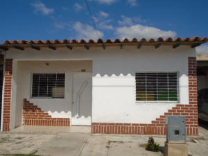 Casa En Venta En Municipio San Diego, Caracaras, Venezuela, VE RAH: 15-14977
