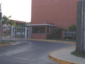 Apartamento En Venta En Margarita, Sabanamar, Venezuela, VE RAH: 16-460