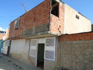 Casa En Venta En Valencia, El Cañaveral, Venezuela, VE RAH: 16-654
