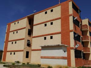 Apartamento En Venta En Municipio Libertador, Villas De San Francisco, Venezuela, VE RAH: 16-541