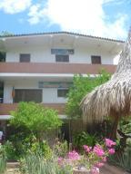 Casa En Venta En Municipio Antolin Del Campo Paraguachi, La Fuente, Venezuela, VE RAH: 16-565
