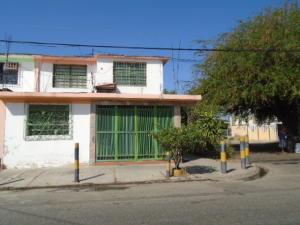 Casa En Venta En Valencia, La Isabelica, Venezuela, VE RAH: 16-653