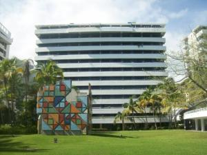 Apartamento En Ventaen Parroquia Caraballeda, Tanaguarena, Venezuela, VE RAH: 16-650