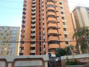 Apartamento En Venta En Maracaibo, Avenida Bella Vista, Venezuela, VE RAH: 16-680