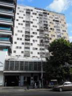 Oficina En Venta En Caracas, Parroquia La Candelaria, Venezuela, VE RAH: 16-688