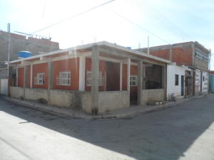 Casa En Venta En Maracay, La Morita, Venezuela, VE RAH: 16-689