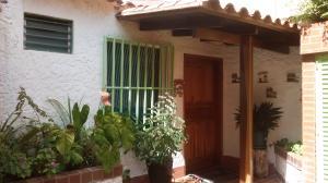 Casa En Venta En Caracas, Lomas De La Trinidad, Venezuela, VE RAH: 14-3909