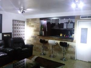 Apartamento En Venta En Maracaibo, Monte Bello, Venezuela, VE RAH: 16-794