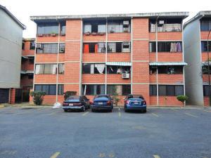 Apartamento En Venta En Guarenas, Ciudad Casarapa, Venezuela, VE RAH: 16-872