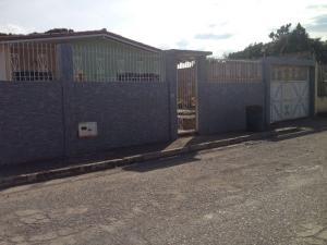 Casa En Venta En Municipio Libertador, El Molino, Venezuela, VE RAH: 16-887