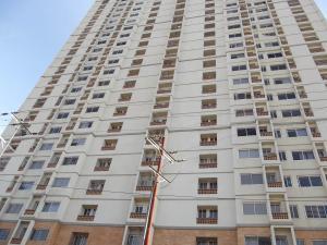 Apartamento En Venta En Municipio Naguanagua, Palma Real, Venezuela, VE RAH: 16-930