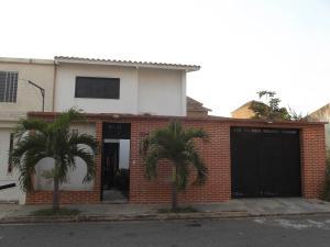 Casa En Venta En Municipio San Diego, Sansur, Venezuela, VE RAH: 16-939