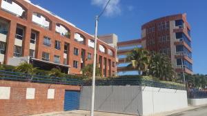 Apartamento En Venta En Margarita, Playa El Angel, Venezuela, VE RAH: 16-950