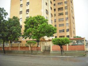 Apartamento En Venta En Valencia, Parque Valencia, Venezuela, VE RAH: 16-1219