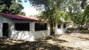 Casa En Venta En Valles Del Tuy, Santa Teresa Del Tuy, Venezuela, VE RAH: 16-1025