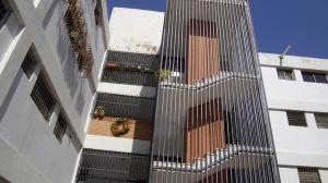 Apartamento En Venta En Maracaibo, Club Hipico, Venezuela, VE RAH: 16-1085