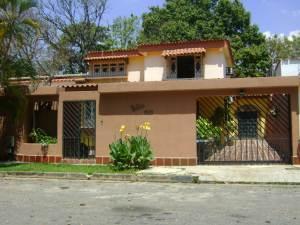 Casa En Venta En Valencia, Trigal Norte, Venezuela, VE RAH: 16-1096