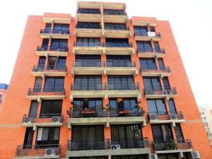Apartamento En Venta En Valencia, Piedra Pintada, Venezuela, VE RAH: 16-1111