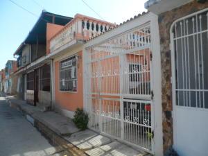 Casa En Venta En Turmero, La Casona, Venezuela, VE RAH: 16-1117