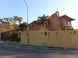 Casa En Venta En Caracas, Monterrey, Venezuela, VE RAH: 14-5591