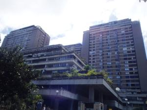 Apartamento En Venta En Caracas, Prado Humboldt, Venezuela, VE RAH: 16-1240