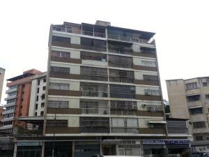 Apartamento En Venta En Caracas, Los Chaguaramos, Venezuela, VE RAH: 16-1351
