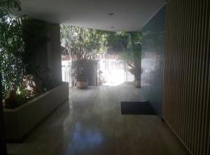 Apartamento En Venta En Caracas - La Florida Código FLEX: 16-1363 No.3