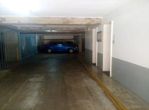 Apartamento En Venta En Caracas - La Florida Código FLEX: 16-1363 No.11