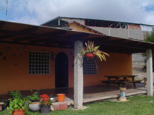 Casa En Venta En Caracas, Gavilan, Venezuela, VE RAH: 16-1386