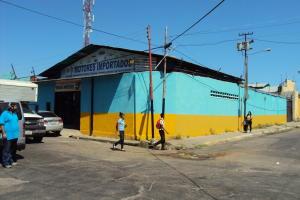 Galpon - Deposito En Venta En Valencia, La Candelaria, Venezuela, VE RAH: 16-1394