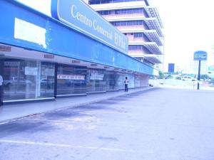 Local Comercial En Alquiler En Maracaibo, Avenida Delicias Norte, Venezuela, VE RAH: 16-1399